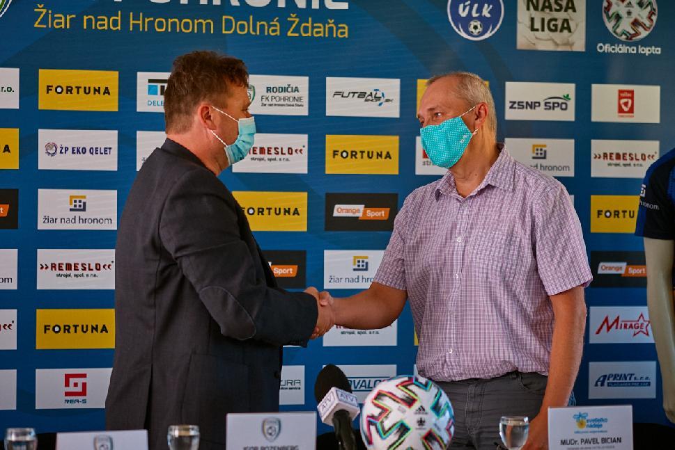 obr: FK Pohronie sa stal partnerom Svetielka nádeje a chce pomáhať onkologicky chorým deťom