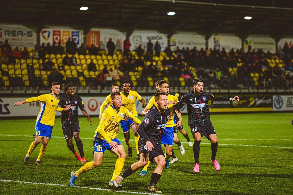 O postupe ViOnu do štvrťfinále Slovnaft cupu rozhodol striedajúci Duga