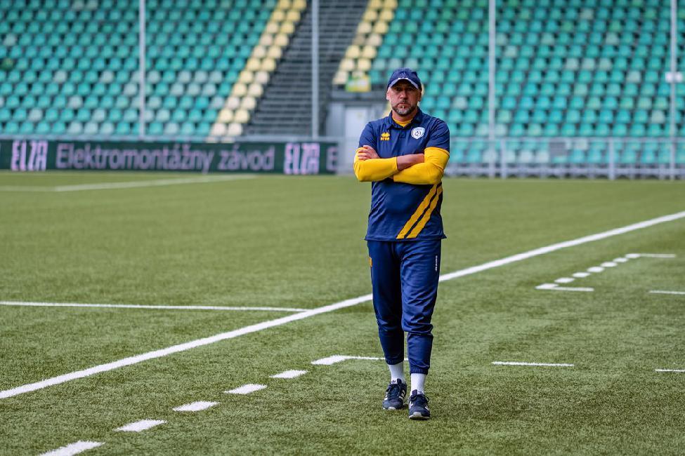 obr: Tréner Urgela o poslednom domácom zápase tejto sezóny s Komárnom