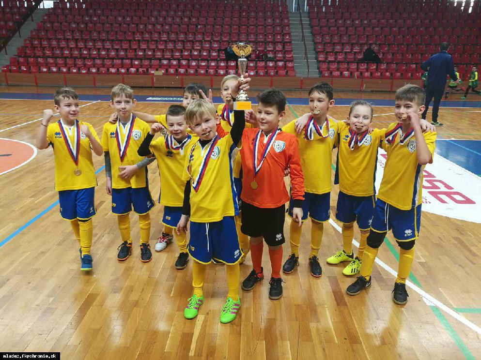 obr: U9: Turnaj Prievidza - 1. miesto